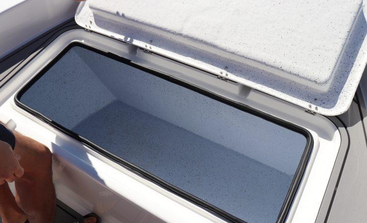 Forward ice box/ casting platform