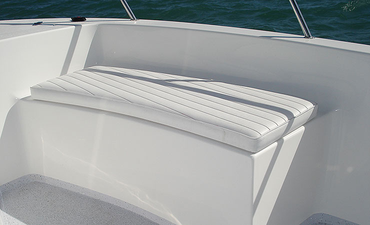 Bow rider insulated seating
