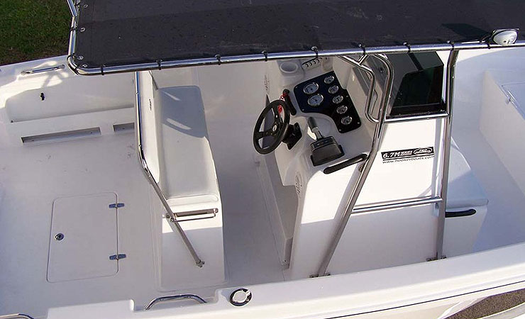 Series I with stainless t-top, old style console and helm seat